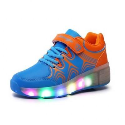 zapatillas con ruedas y luces azul